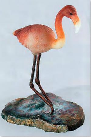 Л. Халемин. «Фламинго». Сердолик, кварц, медь. 1995 год, г. Екатеринбург. Музей ис- тории камнерезного и ювелирного искусст- ва (МИКЮИ).