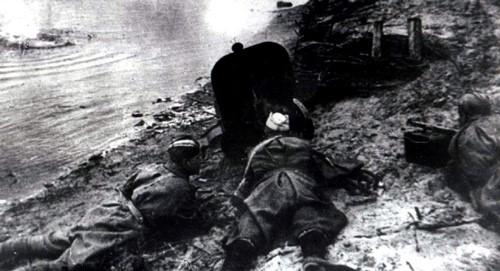 Октябрь 1943 г. Форсирование Днепра. Фото: Александр Дитлов